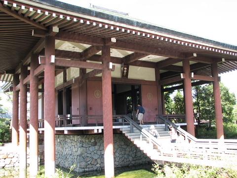 中宮寺の新本堂